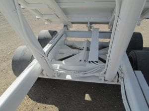 dumb bed trailer under carriage and lift cylinders