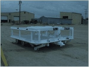 Roof bolter supply trailer with hydraulic landing legs