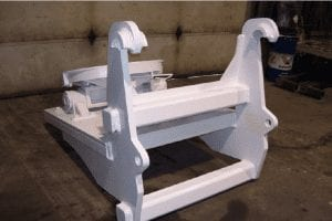 Fifth wheel attachment for quick coupler